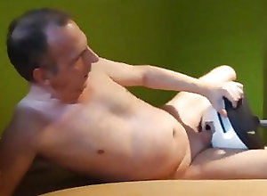 Amateur (Gay);Masturbation (Gay);Small Cock (Gay);Gay Love (Gay);HD Videos Uwe likes his...