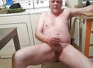 Amateur (Gay);Daddy (Gay);HD Videos De la pisse plein...
