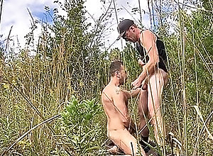 amateur,blowjob,public,brunette,college,couple,doggystyle,handjob,hunk,outdoors,twink,wanking,pale,daddy,muscle,gay Highway rest stop...