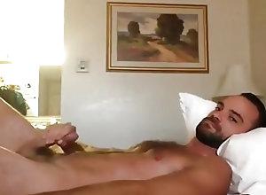 Amateur (Gay);Handjob (Gay);Hunk (Gay);Masturbation (Gay);Webcam (Gay) stud shoots