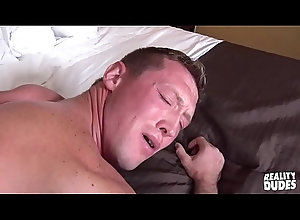 anal,blowjob,handjob,amateur,freeporn,gay,sexvideos,xxxvideo,videos-porno,gay Reality Dudes -...