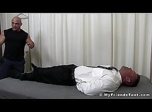 tattoo,fetish,bondage,gay,feet,joey,hunk,toes,tickling,torment,foot-fetish,feet-fetish,bare-feet,myfriendsfeet,tickling-fetish,gay Bound muscular...