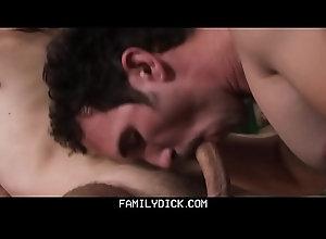 anal,cumshot,blowjob,handjob,masturbation,foursome,groupsex,ass-licking,gay,bareback,old-and-young,gay FamilyDick -...