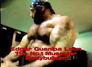 gay,17-inch-dick,muscle-eddie,bodybuilder-top,edgar-guanipa-venice-beach,gay Edgar Guanipa In...