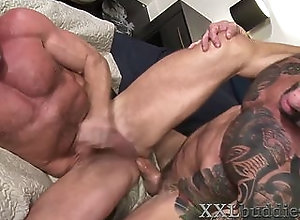 bareback,blowjob,cumshot,gay,hd,masturbation,mature,muscle,tattoo,720p,highdefinition,big cock,bear,gay Well hung older...