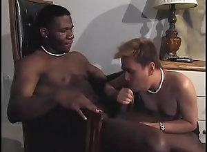 anal,black,interracial,blowjob,condom,brunette,gay,gay Latino boy gets...