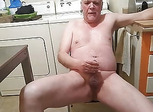 Amateur (Gay);Daddy (Gay);HD Videos De la pisse plein...