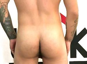 clubamateurusa;massage;finger;fucking;amateur;porn;photos;toys;sucking;straight;bi,Massage;Blowjob;Gay;Amateur;Handjob;Tattooed Men Neo felt the toy...