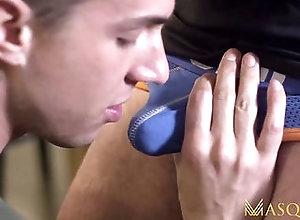 bareback,big cock,blowjob,deepthroat,hd,hunk,masturbation,muscle,muscular,reality,720p,highdefinition,blowjob,bareback,hunk,gay MASQULIN Hung Gay...