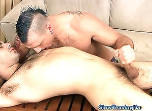 bareback,big cock,blowjob,naked,brunette,hairy,handjob,masturbation,tied up,blowjob,gay Roger On The Rack
